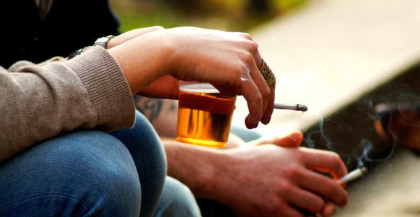 Как бросить пить и курить