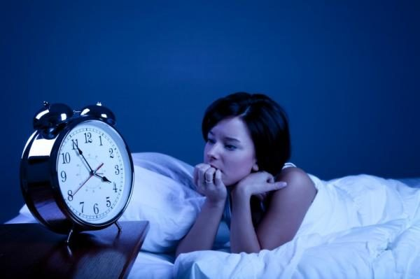 Бессонница - один из симптомов абстинентного синдрома