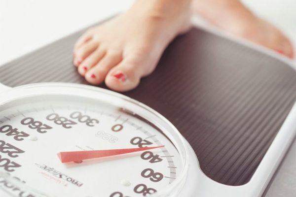 Почему набираешь вес, когда бросил курить