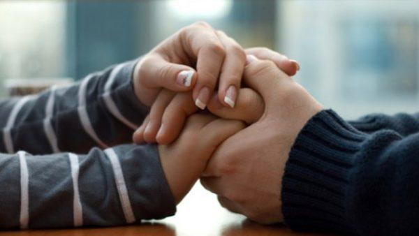 Большую роль в отказе от вредных привычек играет поддержка близких людей