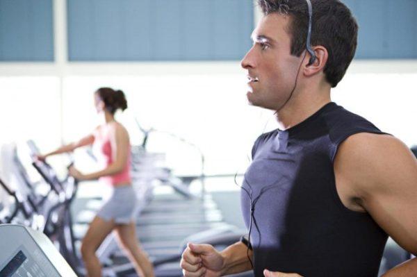 Курение при занятиях спортом снижает работоспособность организма